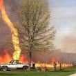 """Missouri, lingua di fuoco in cielo: le foto e il video del """"firenado"""" 01"""
