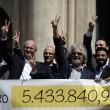 Beppe Grillo a Montecitorio per il Restitution Day 6
