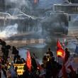 Turchia, polizia carica i manifestanti a piazza Taksim 14