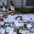 Michael Jackson moriva 5 anni fa: fan spargono 15 rose sulla tomba12