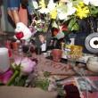Michael Jackson moriva 5 anni fa: fan spargono 15 rose sulla tomba25