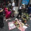Michael Jackson moriva 5 anni fa: fan spargono 15 rose sulla tomba20