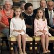 Spagna: Juan Carlos firma la sua abdicazione, non è più re03