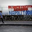 """Ciro Esposito morto, a Napoli striscione """"De Santis fascista assassino"""" 2"""