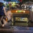 Nubifragi da Roma a Napoli: bombe d'acqua causano allagamenti e danni (foto) 10