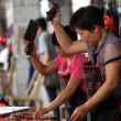 Il 21 giugno i cinesi mangeranno 10mila cani 3