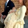 Principe George compie un anno: le nuove foto con mamma Kate e papà William09