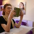 Rumeysa Gelg ha 17 anni: con i suoi 2 m e 13,5 cm è la più alta del mondo 12