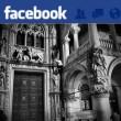 Venezia, turista scala Palazzo Ducale e nessuno interviene: le foto