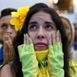 Brasile Germania 1-7: tifosi umiliati, lacrime sul campo e sugli spalti06