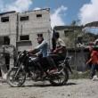 Gaza, 100 palestinesi uccisi in un giorno solo12