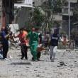 Gaza, 100 palestinesi uccisi in un giorno solo05