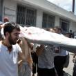 Gaza, 100 palestinesi uccisi in un giorno solo08