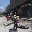Gaza, 100 palestinesi uccisi in un giorno solo09