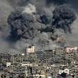 Gaza, ancora scontri e raid aerei: 26 morti, anche donne e bambini 18