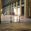 Napoli, cade pezzo cornicione Galleria Umberto09