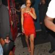 Rihanna, seno in vista in discoteca: il vestito è trasparente02