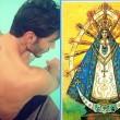 Stefano De Martino si fa tatuare la patrona dell'Argentina sulla schiena02