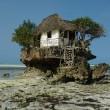 The rock, il ristorante di Zanzibar su uno scoglio nell'Oceano Indiano08