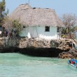 The rock, il ristorante di Zanzibar su uno scoglio nell'Oceano Indiano7