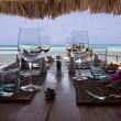 The rock, il ristorante di Zanzibar su uno scoglio nell'Oceano Indiano04