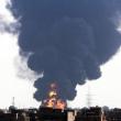Tripoli, in fiamme deposito petrolio03