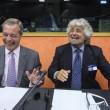 """Ue, Schulz presidente. Grillo attacca: """"Stop soldi a Italia, vanno alla mafia10"""