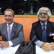 """Ue, Schulz presidente. Grillo attacca: """"Stop soldi a Italia, vanno alla mafia02"""