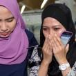 Aereo Malaysia abbattuto: familiari piangono le vittime2