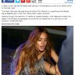 Lindsay Lohan cade a terra al galà di Ischia01