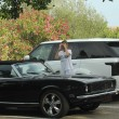 Melissa Satta regala a Kevin Prince Boateng una Chevrolet 'Camaro'