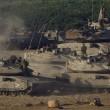Gaza, terza notte di raid aerei 2