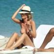 """Silvia Abbate, topless per l'ex de """"la pupa e il secchione"""" 2"""