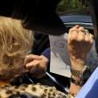 Berlusconi assolto, pasionaria impazzita: Silvio ti amo, abbracciami 02