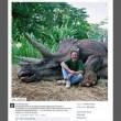 """Steven Spielberg, foto col dinosauro. Web: """"Assassino, vai in prigione"""" (FOTO)"""
