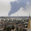 Tripoli, in fiamme deposito petrolio02
