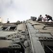 Gaza, il crollo del palazzo di 12 piani abbattuto dai missili israeliani11
