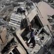 Gaza, il crollo del palazzo di 12 piani abbattuto dai missili israeliani3
