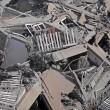 Gaza, il crollo del palazzo di 12 piani abbattuto dai missili israeliani01