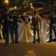 Roma, agguato all'Anagnina: uomo ucciso in auto a colpi pistola12