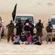 Jihadisti decapitano anche in Egitto, le teste appoggiate sui cadaveri FOTO 9