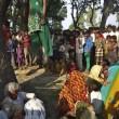 India, le due cugine trovate impiccate a un albero 03