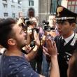 Napoli, corteo per Davide Bifolco. Carabiniere si toglie il cappello 11