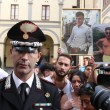 Napoli, corteo per Davide Bifolco. Carabiniere si toglie il cappello 18