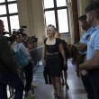 Femen multate per aver suonato le campane di Notre Dame a seno nudo07