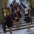 Femen multate per aver suonato le campane di Notre Dame a seno nudo04