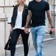 Wanda Nara e Mauro Icardi, shopping a Milano05