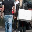 Wanda Nara e Mauro Icardi, shopping a Milano11