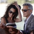 George Clooney e Amal Alamuddin sul Canal Grande di Venezia07