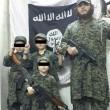 Isis: neonato tra pistole, granate e kalashnikov 4